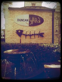 Duncan Yard Pretoria South Africa A house converted into a restaurant and a deli with small boutique selling decor and handmade products Pretoria, Handmade Products, Special People, Cafe Restaurant, Deli, South Africa, Places To Visit, Yard, African
