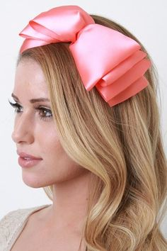 Giant Bow---@Erica Keating weee need to make these