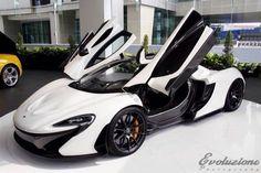 Spectacular White McLaren P1 No.001 of 375 in Malaysia