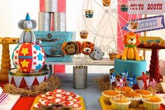Circus themed birthday party via Kara's Party Ideas KarasPartyIdeas.com The Place for ALL Things Party! #circusparty (10)