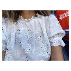 :: broderie anglaise ::