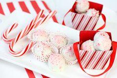 Candy Cane Oreo Cookie Balls Recipe!