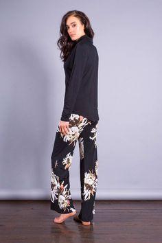 Andrea Yasmin SS15 Man Shirt Man Shirt, Ss 15, Capri Pants, Shirts, Fashion, Moda, Men Shirt, Capri Trousers, Fashion Styles