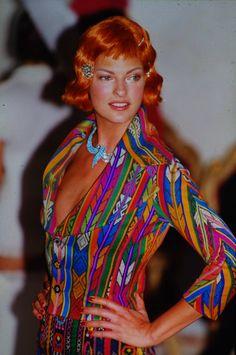John Galliano for Dior 1996 Linda Evangelista, John Galliano, Bombshells, Style Icons, Supermodels, Catwalk, Fashion Beauty, Fashion Photography, Runway