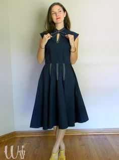 Navy Blue 50's Circle Dress w/ Continental Style Neck Tie and Pockets. $85.00, via Etsy. //via @edgertor