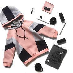 Fashion Fail, Kids Fashion, Sporty Outfits, Boy Outfits, Minimalist Kids, African Dresses For Kids, Baby Dress Design, Baby Dress Patterns, Kids Pajamas