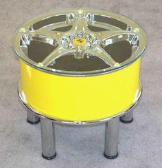 Wheel rim table ferrari style as garage decor ideas Car Furniture, Automotive Furniture, Automotive Decor, Furniture Making, Automotive Industry, Car Wheels, Car Parts, Cool Things To Make, Decoration