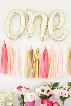One Letter Balloons - Gold Mylar Balloon Letters, First Birthday Balloons, One Year Old Decor, One Banner, Gold Birthday Decor First Birthday Balloons, Twin First Birthday, Girl Birthday, Birthday Nails, Happy Birthday, 1 Year Old Birthday Party, First Birthday Parties, Birthday Party Decorations, Birthday Ideas