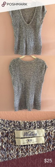 Madewell Wallace Loose Knit Sweater Navy and white loosely knit deep V-neck sweater. Super cute with skinny jeans. Madewell Sweaters