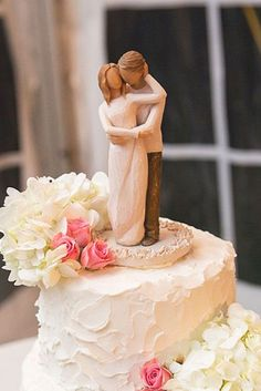 Romantic Wedding Cake Toppers ❤ See more: http://www.weddingforward.com/romantic-wedding-cake-toppers/ #weddings