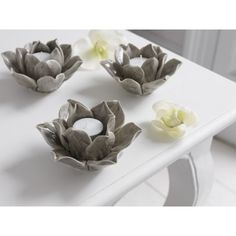 £10 Brissi soft grey Flower Tealight Holder. Lovely delicate look. Very natural.