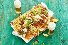 Het lijkt een beetje op een nachoschotel, maar frachos bij de borrel is nóg lekkerder.- Recept - Allerhande