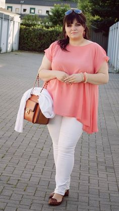 CONQUORE · The Fatshion Café   Plus Size Fashion Blog: And suddenly I like to wear white...