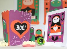 Spooky Halloween papercraft printable party templates, cutouts and patterns! https://happythought.co.uk/product/spooky-halloween-papercraft-pack