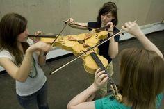 современная скрипка, она такая...)
