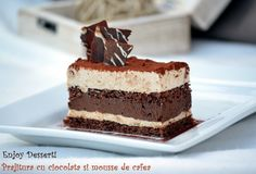 Chocolate cake and coffee mousse Coffee Mousse, Romanian Desserts, Something Sweet, Vanilla Cake, Chocolate Cake, Tiramisu, Sweet Treats, Deserts, Cooking