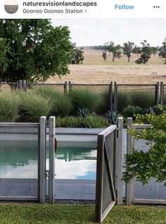For our convenience when swimming in an exclusive swimming pool, we need to add a fence. This can prevent strangers and wild pets from entering. Below is a motivation for wooden pool fence ideas. in pool ideas Gabion Fence, Timber Fencing, Outdoor Fencing, Vinyl Fencing, Fence Slats, Bamboo Fencing, Fencing Material, Pallet Fence, Rail Fence
