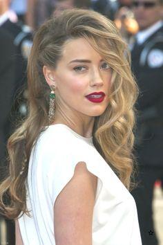 Cannes 2014 : zoom sur le side-hair tressé d'Amber Heard … Pretty Braided Hairstyles, Side Part Hairstyles, Box Braids Hairstyles, Loose Hairstyles, Formal Hairstyles, Hairstyles Haircuts, Wedding Hairstyles, Night Hairstyles, Updo Hairstyle