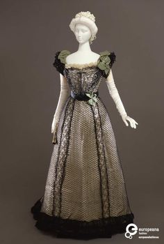 Rate the Dress: a belle in bows, 1898-1900 – The Dreamstress