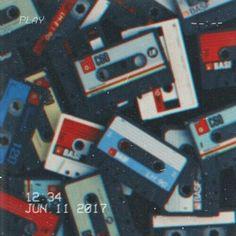 aesthetic wallpaper retro ideas aesthetic wallpaper r. - Oc cause why not - aesthetic wallpaper retro ideas aesthetic wallpaper retro ideas - 70s Aesthetic, Aesthetic Images, Aesthetic Collage, Aesthetic Backgrounds, Aesthetic Iphone Wallpaper, Aesthetic Vintage, Aesthetic Wallpapers, Blue Aesthetic Grunge, Photowall Ideas