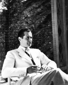 Robert Montgomery--one of my favorite actors! His birthday is on May Hollywood Men, Hollywood Cinema, Golden Age Of Hollywood, Hollywood Stars, Classic Hollywood, Robert Montgomery, Elizabeth Montgomery, George Hurrell, Classic Movie Stars