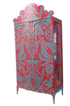 Armario PEHACHE.  Diseñado por Lucas Rise.