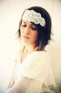 love vintage headbands!