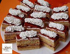 Mézes tiramisu szelet, remek választás, ha valami édes finomságra vágysz! - Egyszerű Gyors Receptek Tiramisu, Hungarian Recipes, Vanilla Cake, Food And Drink, Cupcakes, Sweets, Cheese, Cookies, Foods