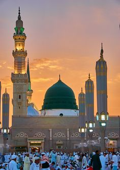 Madinah Almunawwarah. Mecca Mosque, Mecca Masjid, Masjid Haram, Al Masjid An Nabawi, Mecca Wallpaper, Islamic Wallpaper, Allah Wallpaper, Islamic Images, Islamic Pictures