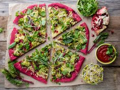 Purple beetroot dough, vegetables and sprouis pizza, Healthy fast food on slate Stock Photo , Veggie Recipes, New Recipes, Vegetarian Recipes, Cooking Recipes, Healthy Recipes, Pizza Legume, Veggie World, Queso Mozzarella, Fast Healthy Meals