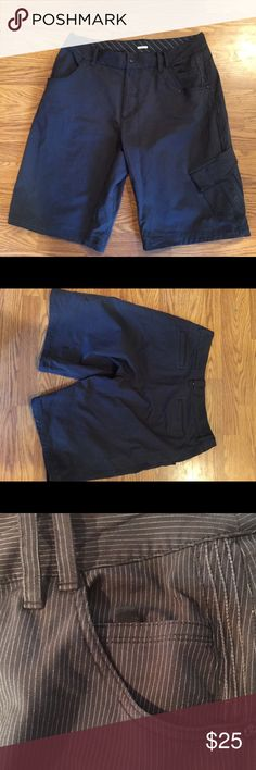 Men's lululemon kahuna shorts Worn but in decent condition part on the packet were the stitching is missing and a couple tiny pulls still great shorts with plenty of life left! lululemon athletica Shorts