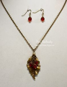 ButterBeeScraps Holly Leaf and Berries Necklace and Earring Set
