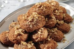 Treats are a-plenty in Cyprus, but particularly during Christmas time, when one can enjoy these individually-sized honey and walnut delights in any household, restaurant or hotel. Greek Sweets, Greek Desserts, Greek Recipes, Desert Recipes, Xmas Food, Christmas Baking, Christmas Time, Greek Christmas, Christmas Foods