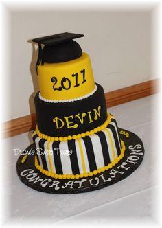 High School Graduation Cakes   Dianes Sweet Treats, Newington CT
