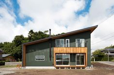 711MG Garage Doors, Cabin, House Styles, Outdoor Decor, Home Decor, Cabins, Cottage, Interior Design, Home Interior Design
