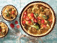 Tuna Quiche, Quiche Pan, Broccoli Quiche, Salty Tart, Food Inspiration, Yummy Food, Quiches, Kos, Tarts