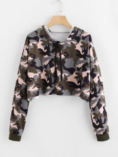 To find out about the Camo Print Hoodie at SHEIN, part of our latest Sweatshirts ready to shop online today! Cute Comfy Outfits, Cute Girl Outfits, Teen Fashion Outfits, Kids Outfits Girls, Fashion Mode, Teenager Outfits, Stylish Outfits, Camo Outfits, Crop Top Hoodie