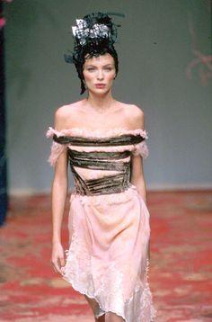 Christian Lacroix - Haute Couture - Spring / Summer 1999   Esther Cañadas