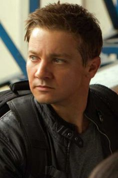 Jeremy Renner ... The Bourne Identity