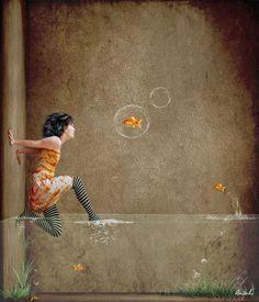 .nena pared aigua