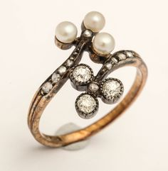 1880s English Pearl Diamond Silver Gold Double Trefoil Ring