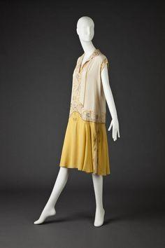 1925-1926 - Unknown. Silk.
