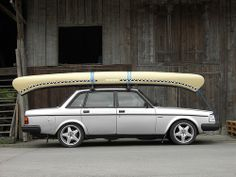 Volvo with canoe Ford, My Dream Car, Dream Cars, Volvo C30, Jeep Wagoneer, Old Classic Cars, Trucks And Girls, Canoe And Kayak, Rear Wheel Drive