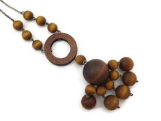 Wooden Necklace Mid Century Modern Aarikka by VintageInBloom Wooden Necklace, Wooden Jewelry, Vintage Jewelry, Make Good Choices, Wood Colors, Natural Wood, Vintage Shops, Mid-century Modern, Mid Century