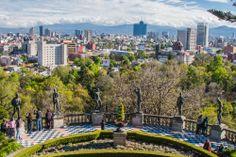 #BosqueDeChapultepec, ubicado en la delegación #MiguelHidalgo. Un pulmón para la inmensa #CiudadDeMexico, y un sitio magnífico para recorrer. http://www.bestday.com.mx/Mexico/ReservaHoteles/