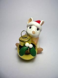 Wee Mouse with Christmas Bauble, via Flickr.