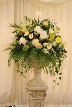 church flowers: pretty arrangements with ferns!