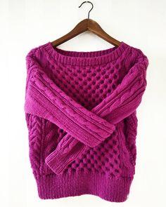 А вы любите яркие цвета?😉 Если да, то ставьте любой смайлик в комментариях😋 Посмотрим сколько у нас здесь Любителей Красочного🤗🤗🤗… Easy Knitting, Fashion, Moda, Couture Facile, Fashion Styles, Fashion Illustrations, Fashion Models