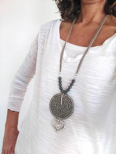 Sautoir boheme chic, Long circle pendant, beaded and love charm, Necklaces for women Long pendant Crochet for mom Modern Gray Geometric - Valentine's Day Birthday Gifts For Women, Gifts For Wife, Long Pendant Necklace, Pearl Pendant, Love Charms, Bijoux Diy, Fabric Jewelry, Valentine Day Gifts, Valentines