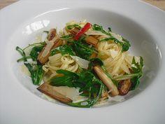 Spargel mit Limetten - Rucola - Pasta, ein leckeres Rezept aus der Kategorie Braten. Bewertungen: 103. Durchschnitt: Ø 4,4.
